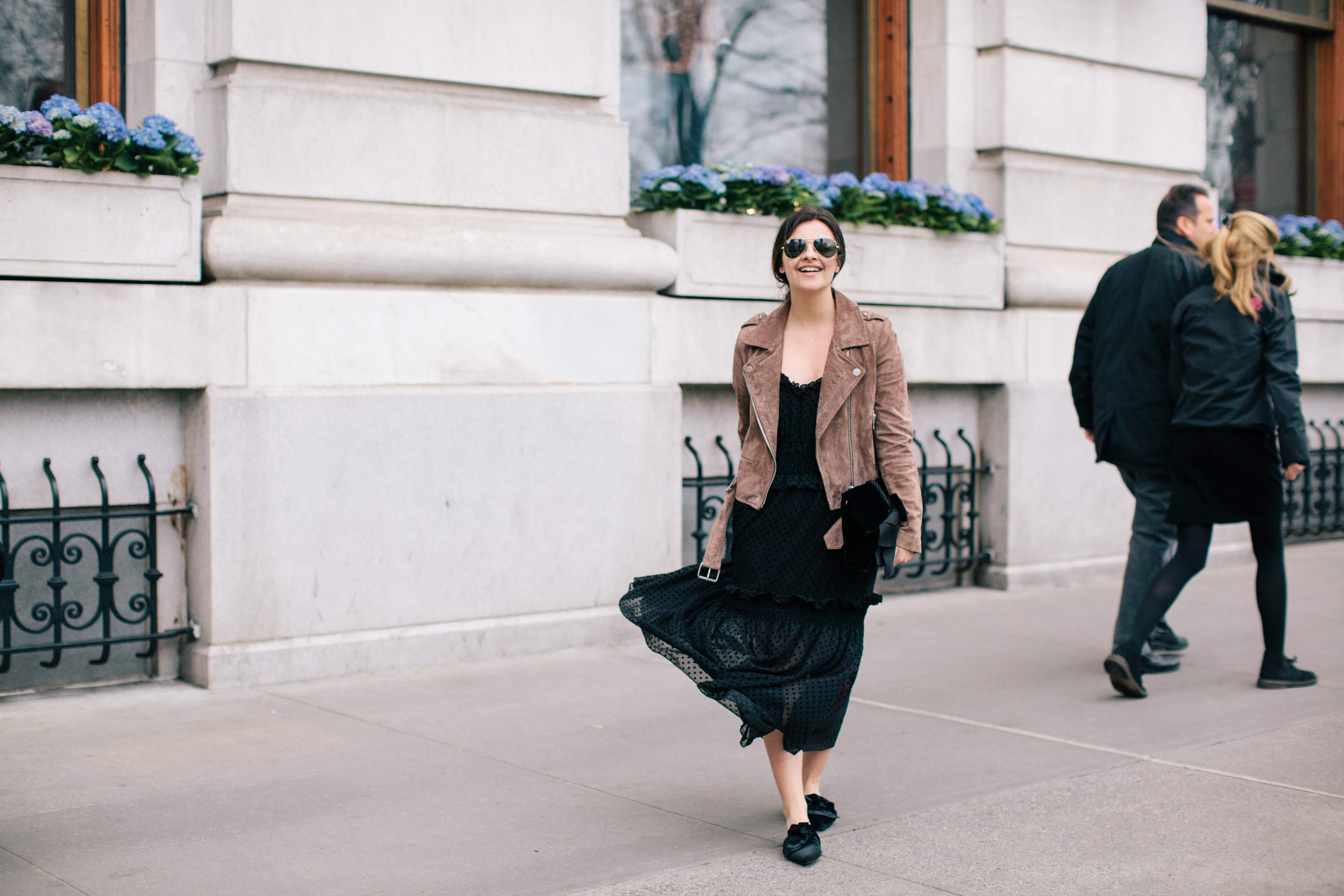 The Style Comfort Zone And How To Get Out Of It - My Black Midi Dress Experience by fashion blogger Dana from Pink Champagne Problems