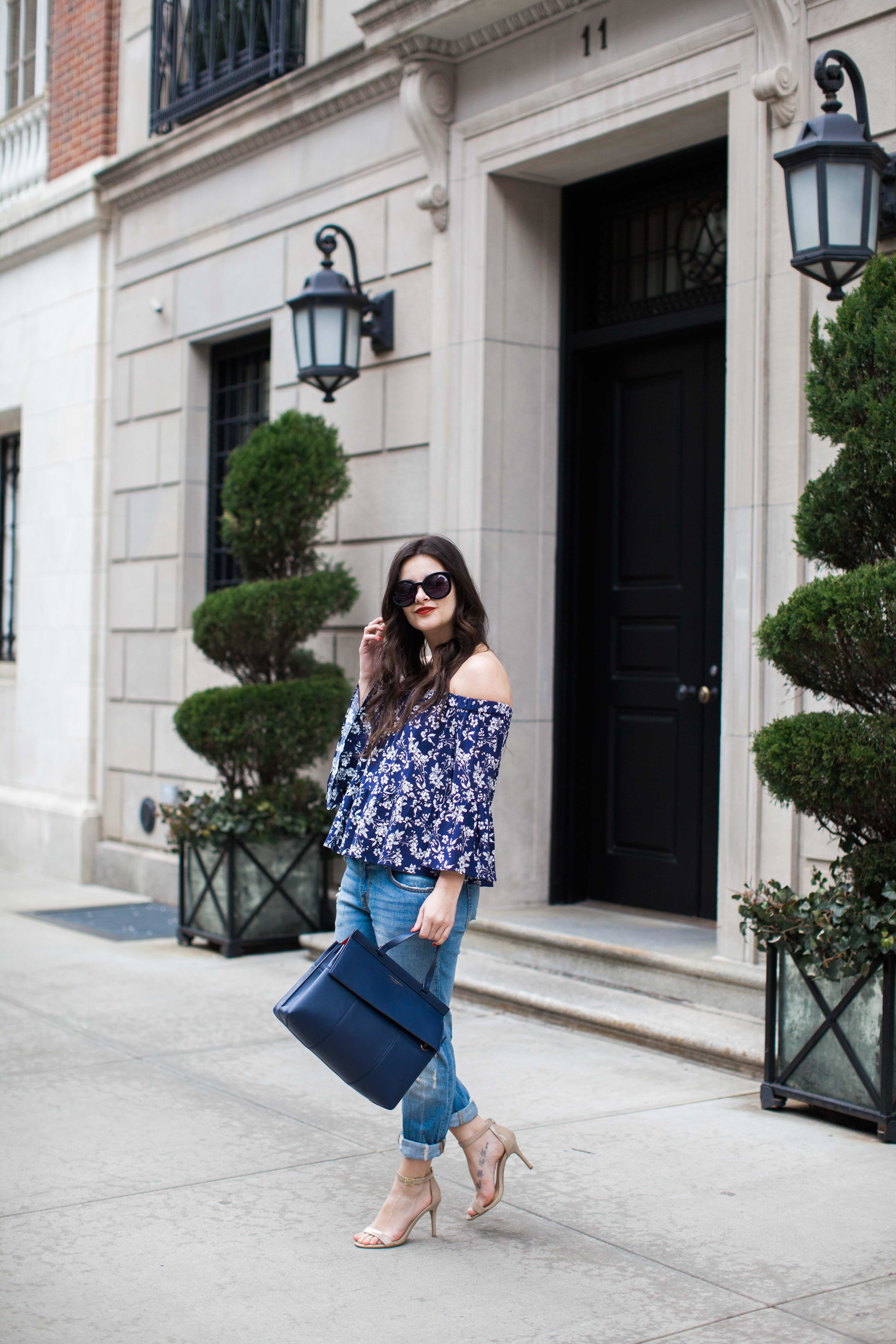 The Ripped Jeans Outfit by fashion blogger Dana from Pink Champagne Problems