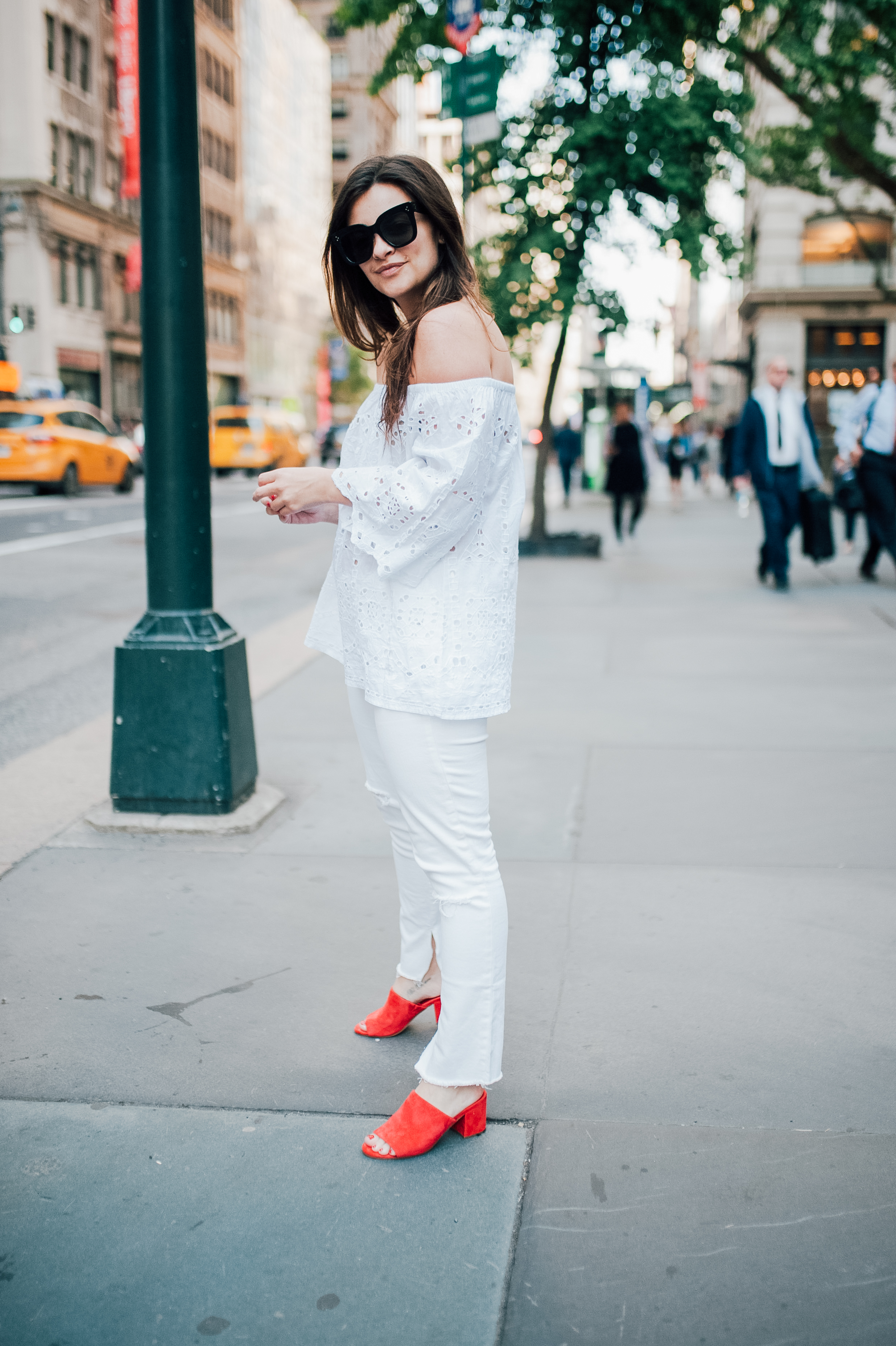The Hunt For White Denim Is Over by NYC fashion blogger Dana of Pink Champagne Problems